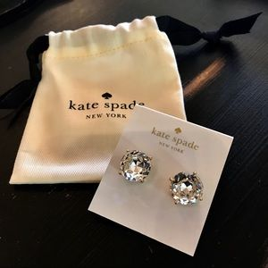♠️NWT Kate Spade round jewel stud earrings!♠️✨💎✨